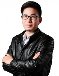 何圣慈是深圳市互联网学会特聘讲师