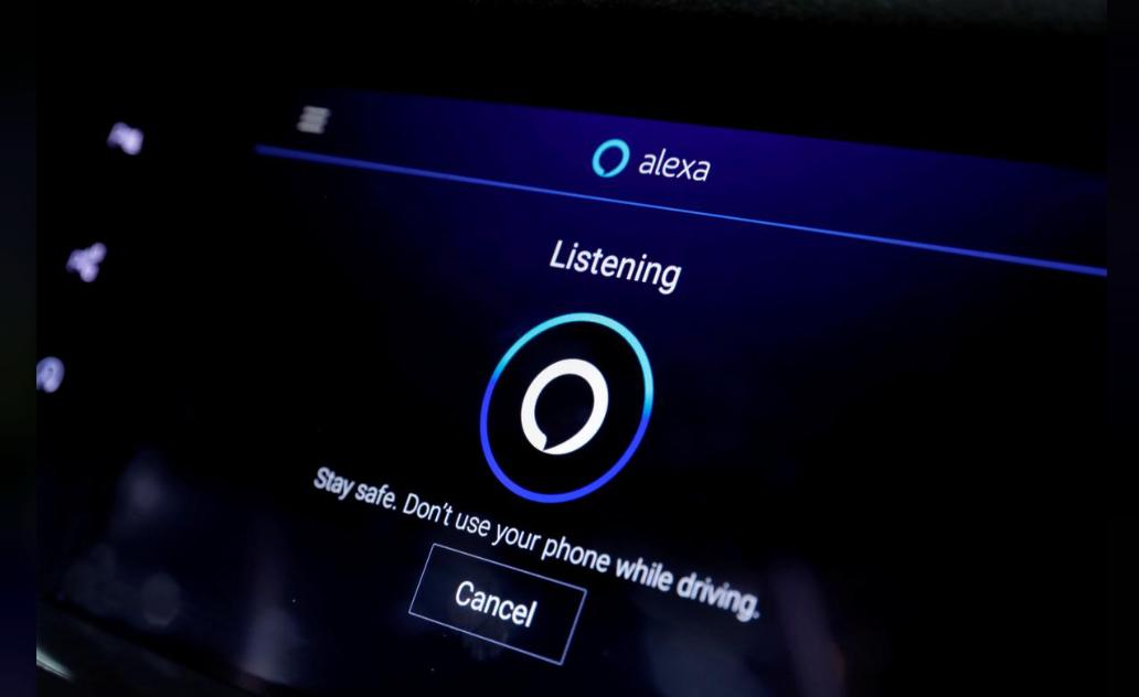 科技巨头们齐努力:想把汽车变成一个智能手机